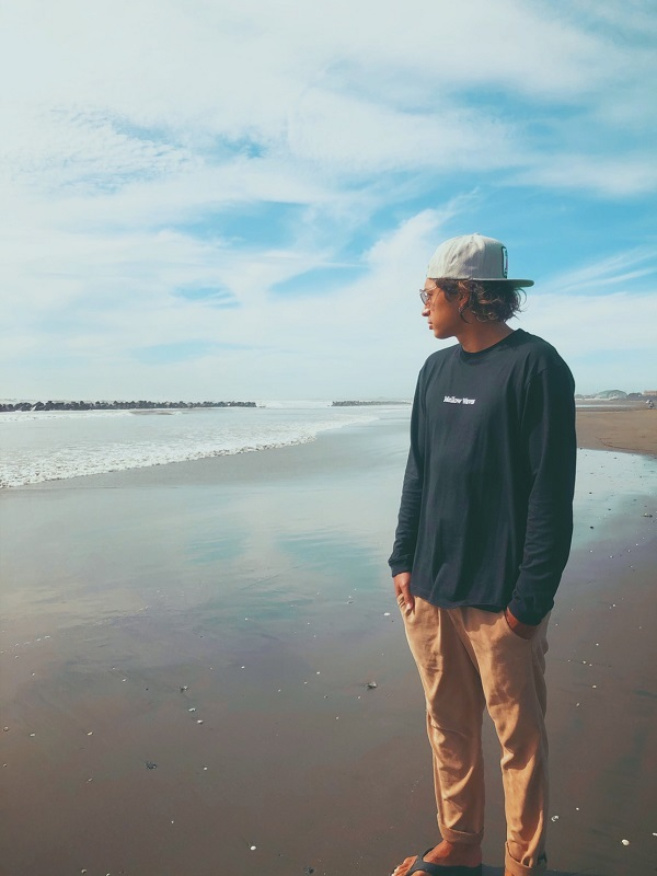 AKUN プロデュース Mellow Waves Long Sleeve Tee
